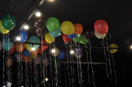 KEINE WAHL NUR MUT Luftballons